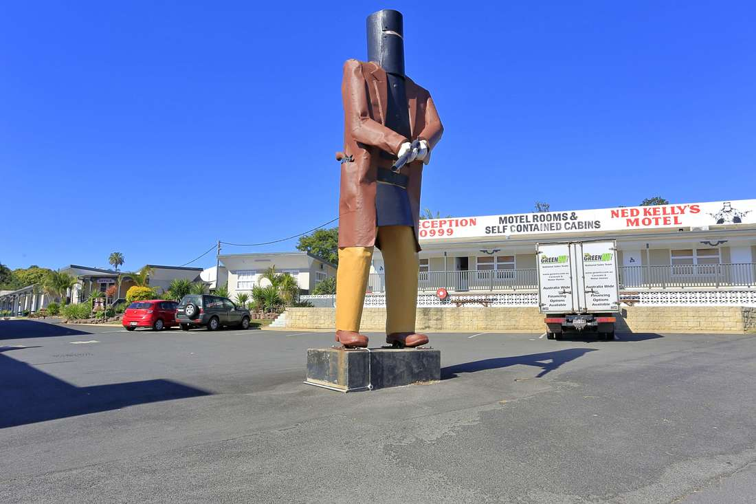 The Giant Ned Kelly statue, Maryborough Queensland. (as seen in Big Things)